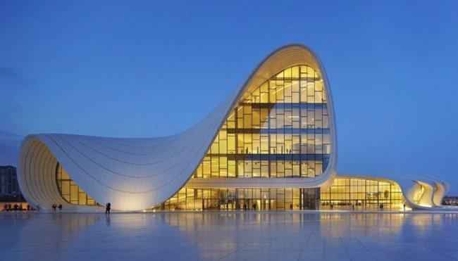 2. Cultural Centre of Heydar Aliyev (Baku, Azerbaijão)
