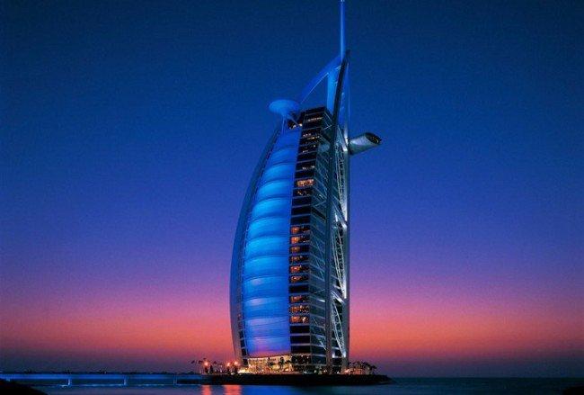 """4. Hotel – """"Sail"""" (Dubai, Emirados Árabes)"""
