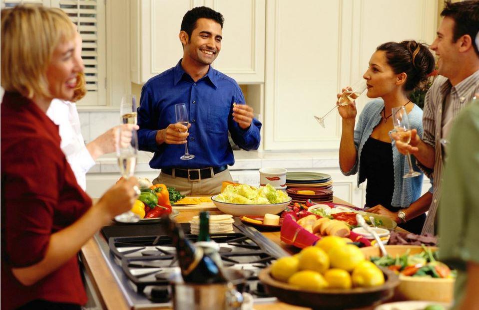Hoje os espaços gourmet são projetados visando o encontro e a integração social tendo ou não convidados para as refeições, e tem sido amplamente abraçados pela sociedade moderna.
