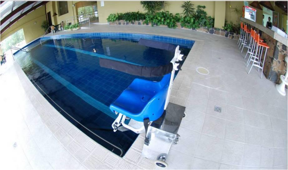 Alguns hotéis estão adaptados inclusive nas áreas de lazer / Foto: Rochelle Silveira/GramadoSite.com